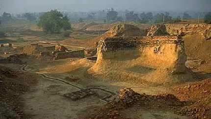 200000_Year_Old_Annunaki_Cities_Discovered_in_Africa__119449